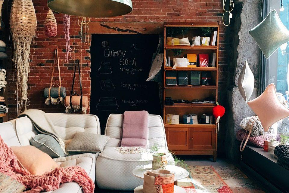 Meble tapicerowane - jakie wybrać?